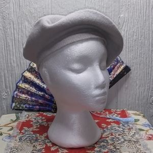 GROOVY GLAM Classic French Beret